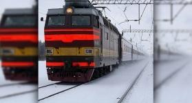 Электропоезд Павлодар-Астана протаранил легковой автомобиль