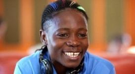 Африканскую футболистку раздели для подтверждения пола