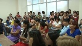 В Талдыкоргане 300 учителей взбунтовались против учёбы в недостроенном здании