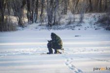 Павлодарская полиция никак не может справиться с рыбаками на Усолке