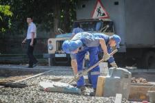Асфальтировать дворы в Павлодаре будут до первых холодов