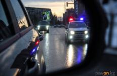 Павлодарские полицейские выявляют нарушения ПДД с помощью камер скрытого наблюдения