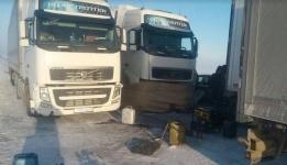 Успенские спасатели не дали замерзнуть дальнобойщику из Тараза