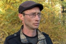 Павлодарец Александр Аев выплачивает долги по кредиту, который, как он утверждает, не брал