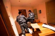 Полиция Павлодара проводит служебную проверку по факту взлома двери в квартире пенсионерки