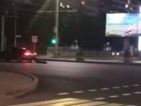 В полиции заинтересовались видео с человеком, которого протащили по дороге за автомобилем в Павлодаре