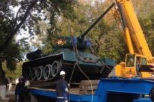Павлодарские чиновники не намерены возвращать танк Т-34 на прежнее место