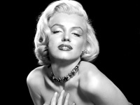 Рентгеновские снимки Мэрилин Монро были проданы за 25 тысяч долларов