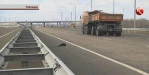Павлодарские водители грозят разобрать участок республиканской трассы