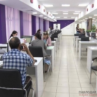 Причину возникновения более 500 вакансий на госслужбе прокомментировали сегодня в профильном департаменте