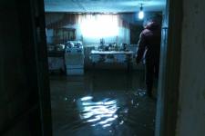 В Экибастузе десятки домов затопило грунтовыми водами