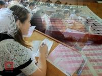 200 выпускников школ будут сдавать ЕНТ на английском языке в Казахстане
