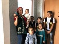 Четыре многодетные семьи Экибастуза в преддверии праздника Наурыз получили ключи от квартир