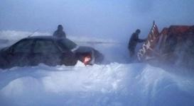 Более 30 человек попали в снежный плен на трассах Павлодарской области