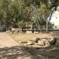 Подход коммунальщиков к установке детских площадок не устраивает павлодарцев