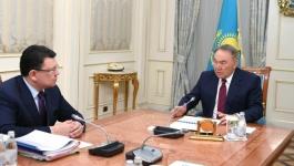Назарбаев поручил Бозумбаеву снизить тарифы на электроэнергию
