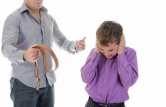 Казахстанские дети с пугающей периодичностью становятся жертвами семейного насилия
