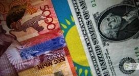 Курс доллара впервые за полтора месяца поднялся до 279 тенге