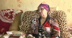 Прожившая 25 лет без документов пенсионерка получила удостоверение ко Дню независимости