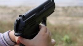Ребенок принес заряженный пистолет в детский сад в США