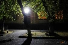В 14 павлодарских домах установили освещение без согласия жильцов