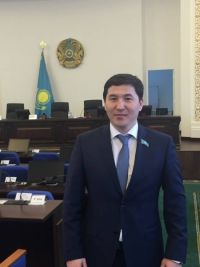 Кайрата Абишева исключили из Nur Otan