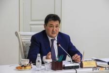 Глава Павлодарского региона провел традиционную встречу с творческой интеллигенцией