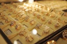 В Павлодаре значительно подорожало золото