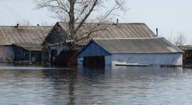Миллион тенге получат пострадавшие от паводков в Костанайской области