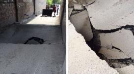 В Караганде обваливается асфальт между двумя жилыми домами