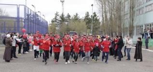 Почти 30 школьников участвуют в уникальном пробеге из Павлодара в Астану и обратно