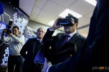Акиму Павлодарской области продемонстрировали интерактивную систему для привлечения инвесторов