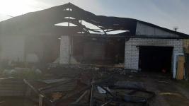 В пригороде Павлодара ночью загорелся дом
