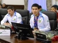 В Павлодаре наградили призера XVIІ летних параолимпийских Азиатских игр Дмитрия Ли