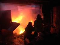 В Прииртышье мужчина попал в больницу, пытаясь самостоятельно потушить пожар