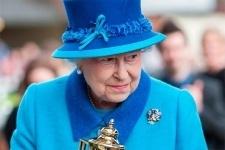 Школьница из Павлодара получила письмо от королевы Великобритании