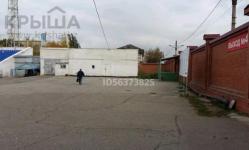 Старый гараж за 40 млн на центральном стадионе продает житель Павлодара