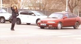 Девушка испытала терпение кызылординских водителей
