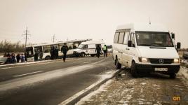 Павлодарские спасатели оказали помощь пассажирам автобуса, попавшего в аварию