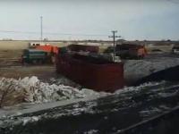 В Сети опубликовано видео последствий схода вагонов в Павлодарской области