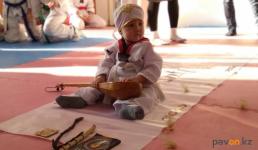 """Павлодарская семья провела обряд """"Тұсау кесу"""" в зале для таэквондо"""