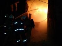 Взрыв и пожар на складе полипропилена произошел в Павлодаре