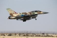 Израиль ударил с воздуха по сирийским военным объектам