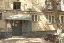 3 собаки и 29 кошек: жители павлодарской многоэтажки жалуются на соседку