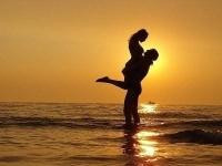 Двух жителей Павлодара арестовали за секс на пляже
