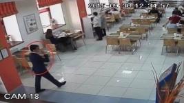 В алматинских кафе орудуют карманники