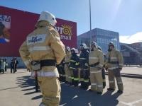 Павлодарцам напомнили, как вести себя в случае пожара в торговых центрах