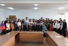 Представители павлодарской интеллигенции встретились со студентами-серпиновцами