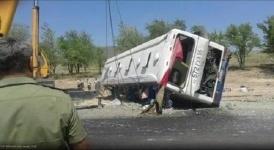 В ВКО перевернулся пассажирский автобус с 48-ю пассажирами