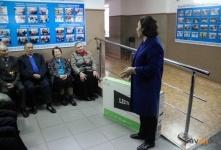 Депутаты города подарили плазменный телевизор дому престарелых
